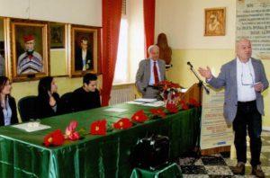 """Sergio Vellante durante la premiazione del concorso """"Pagella d'oro"""""""
