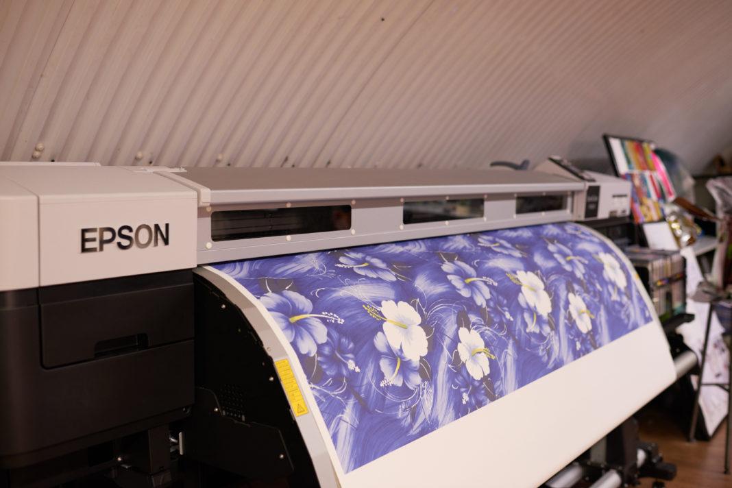 Londra: c'è Epson dietro al designer premiato dalla Regina Elisabetta