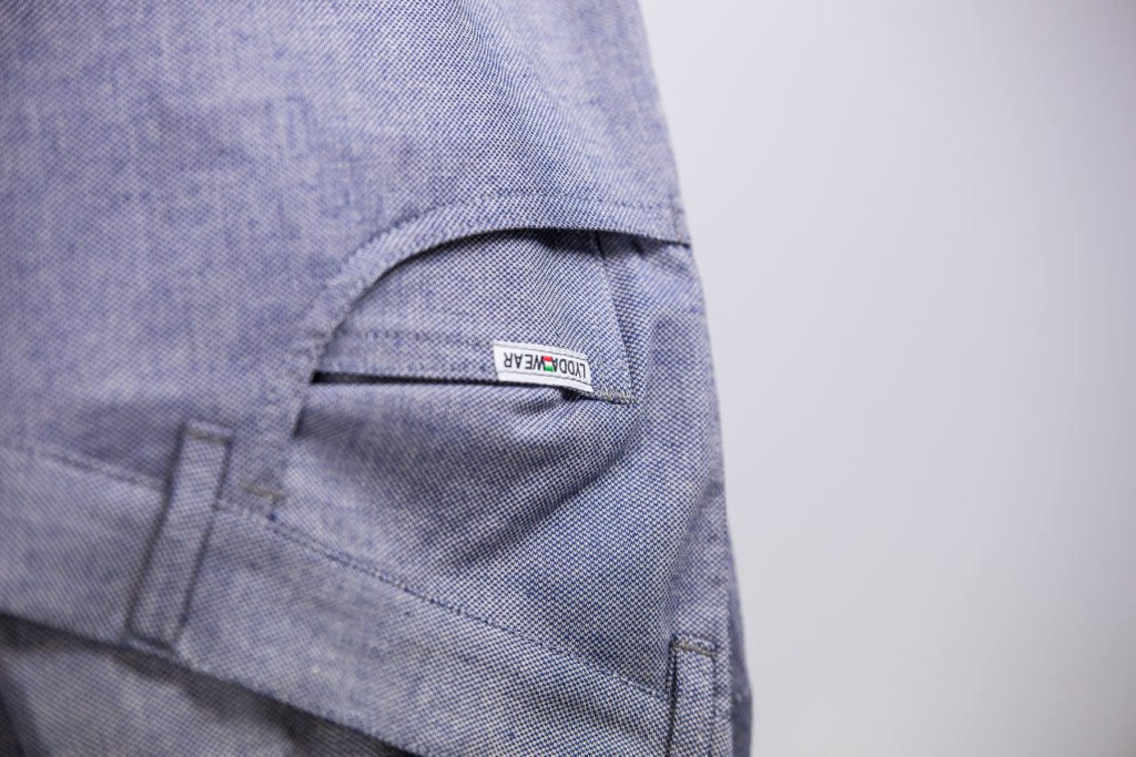 Lydda wear jeans